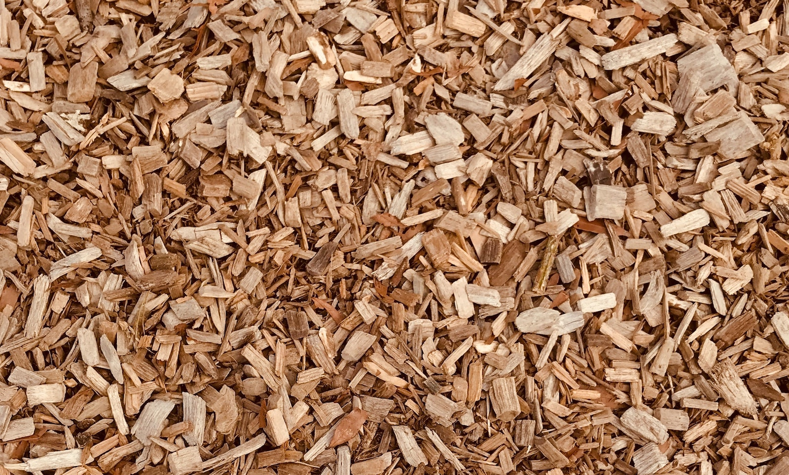 How to get free mulch